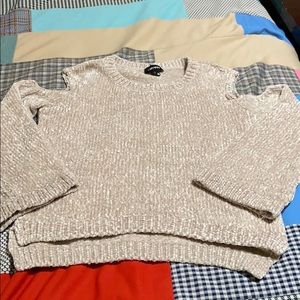Pullover Sweater. NWOT!